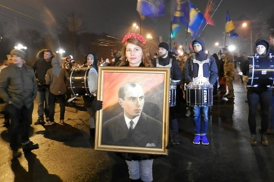 Факельное шествие в Киеве в день рождения Степана Бандеры