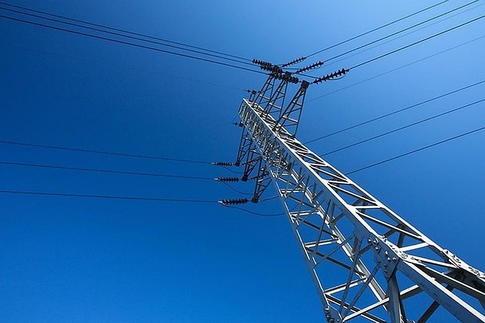 28 населенных пунктов и почти 19 тысяч человек в Крыму остались без электроснабжения