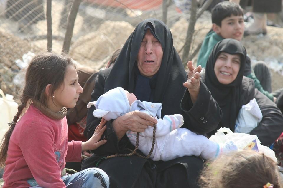 В зоне конфликта остаются как минимум 15 россиянок с детьми