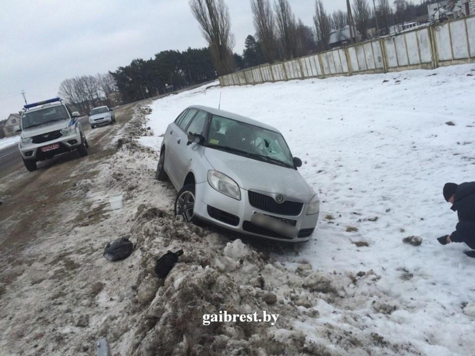 Водитель без прав сбил женщину и скрылся с места происшествия. Фото: ГАИ Бреста.