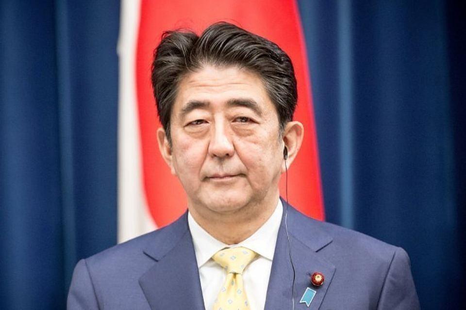 Синдзо Абэ выразил готовность сесть за стол переговоров с лидеров КНДР Ким Чен Ыном.