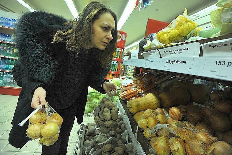 Москвичей напугали, что цены на продукты повысятся из-за нового запрета на проезд грузовиков по столице