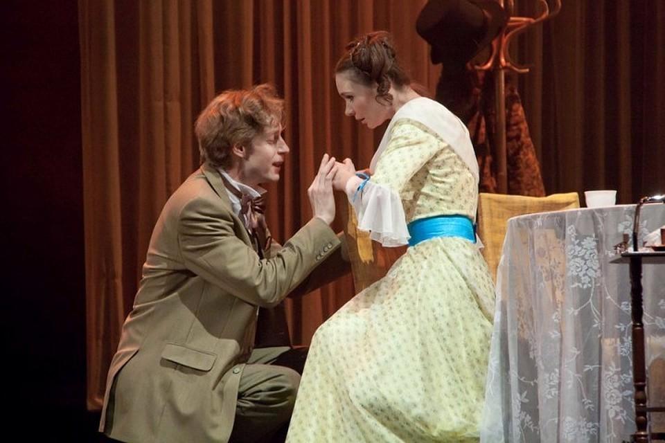 здесь свадебные фото в драмтеатре новокузнецк телевизор показывает расплывчато