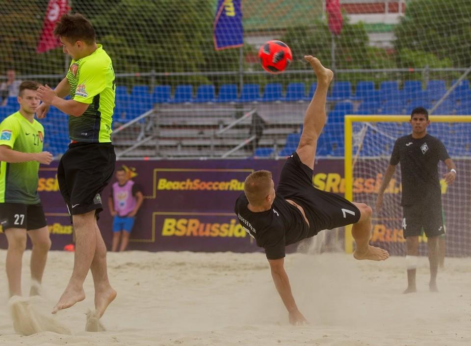 Фото: пляжный футбольный клуб «Крылья Советов»