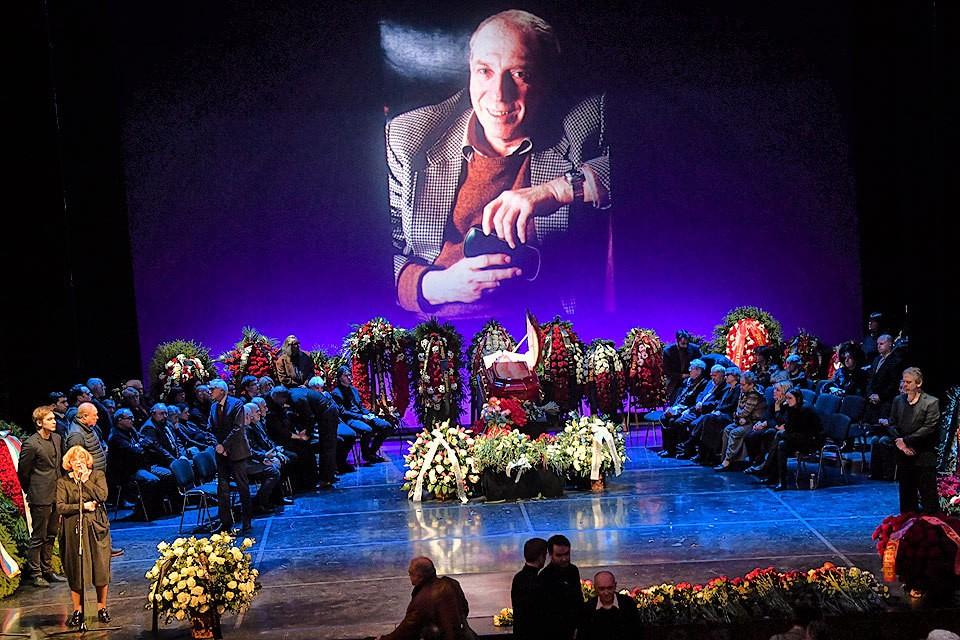 В столичном театре Моссовета прощаются с Сергеем Юрским.