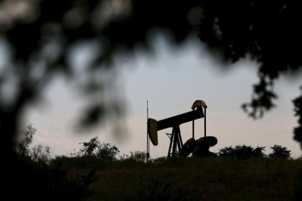 Цена на нефть Brent впервые с ноября превысила $65