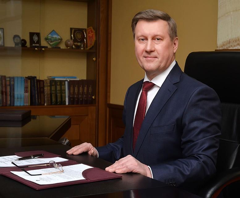 muzhchini-po-vizovu-novosibirska-sisi-ketch-mokrimi