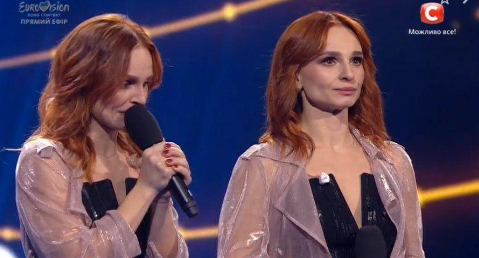 В самом жюри конкурса признались, что не могут беспристрастно судить выступление крымчанок, и поставили им самые низкие баллы/Фото: Скриншот