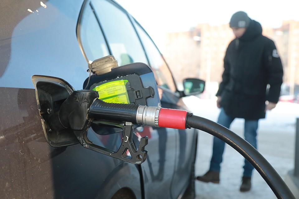 Некоторые аналитики прогнозируют, что 50 руб. за литр бензина уже этим летом перестанут быть экзотикой.