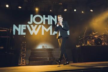 4000 зрителей аплодировали Джону Ньюману в Красноярске