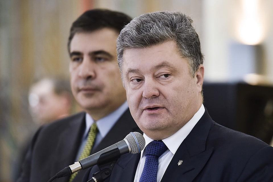 Экс-президент Грузии пуганул Украину Молдовой: «Порошенко превращает свою страну в государство, где остались одни пенсионеры – как в Молдове!»