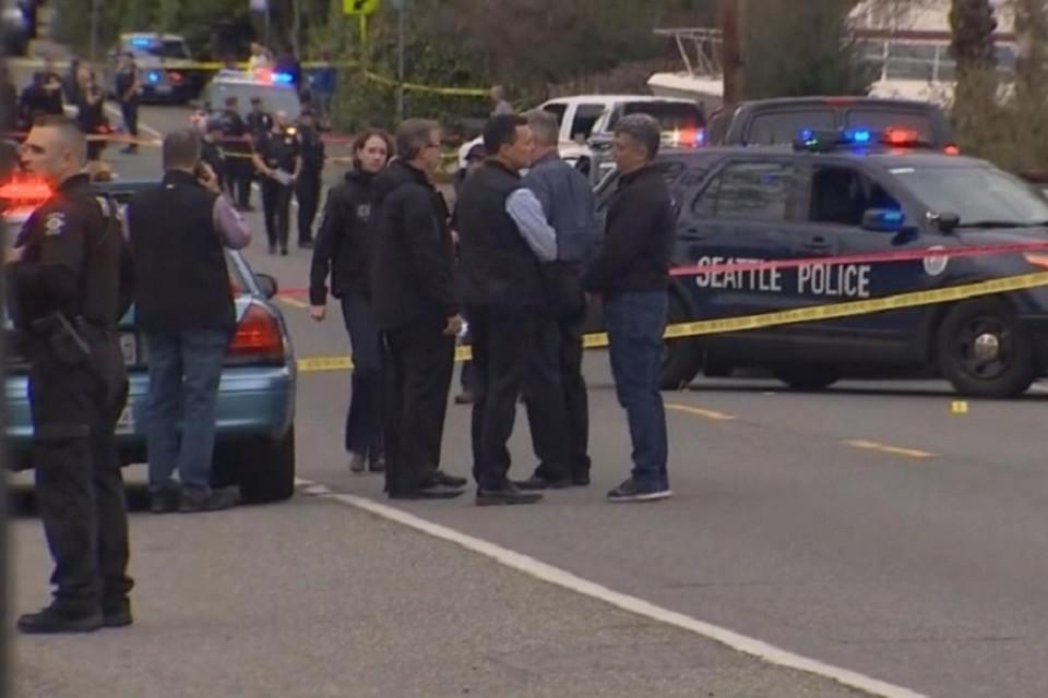 В США неизвестный расстрелял автобус с пассажирами