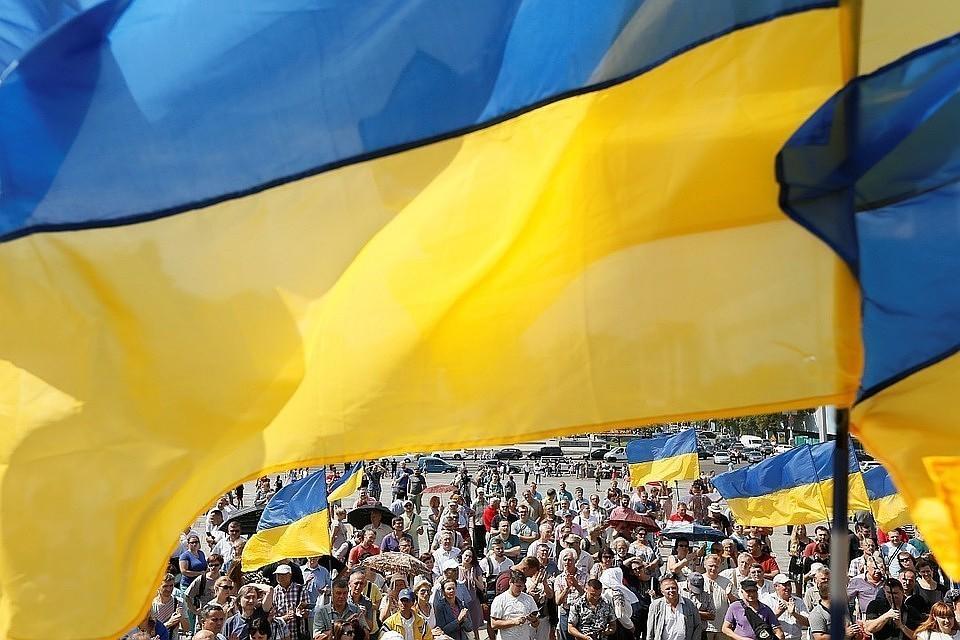 В украинском Николаеве декоммунизировали черный хлеб