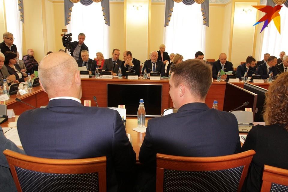 Депутаты городской Думы опубликовали свои декларации даже раньше, чем региональные парламентарии