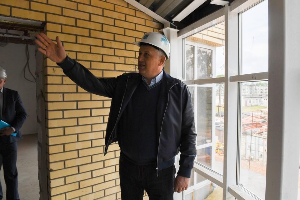 Ситуацию с проблемными объектами губернатор Ленобласти Александр Дрозденко взял под личный контроль.