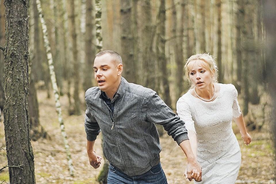 Маша (Зоя Бербер) любила Сергея (Сергей Чирков), но вышла за другого. Сергей очень обиделся. Фото: Кадр из фильма