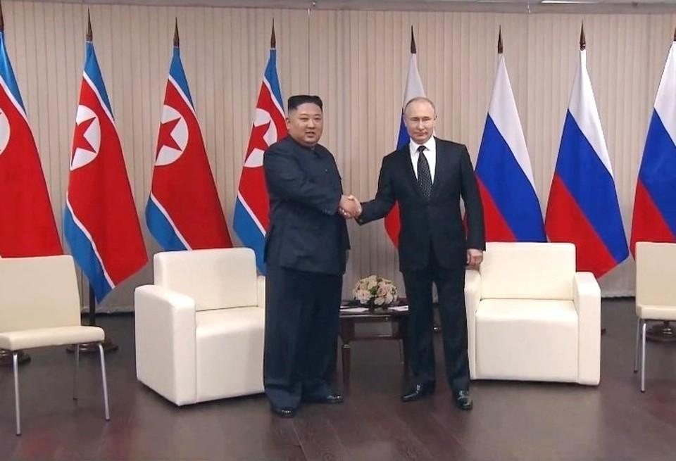 Встреча Владимира Путина и Ким Чен Ына во Владивостоке. Фото: кадр трансляции