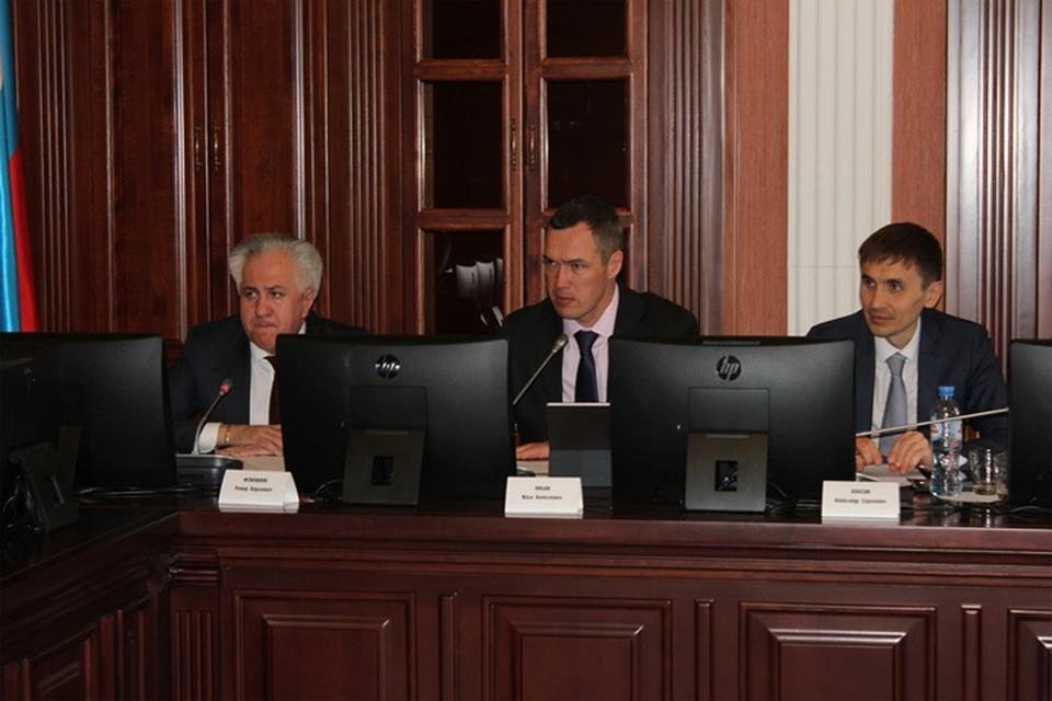 На круглом столе в Омске эксперты обсудили ход реализации федерального проекта «Чистый воздух» и нацпроекта «Экология» Фото: omskportal.ru