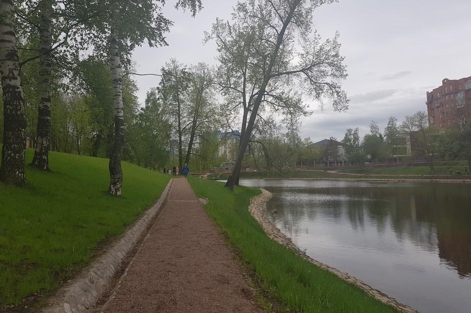 В парке усадьбы Орловых-Денисовых уже выполнены основные работы. Фото: Пресс-служба Комитета по благоустройству.