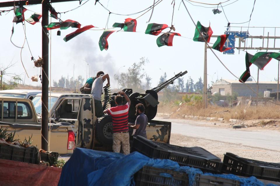 Битва за Триполи: армия маршала Халифы Хафтара штурмует ливийскую столицу