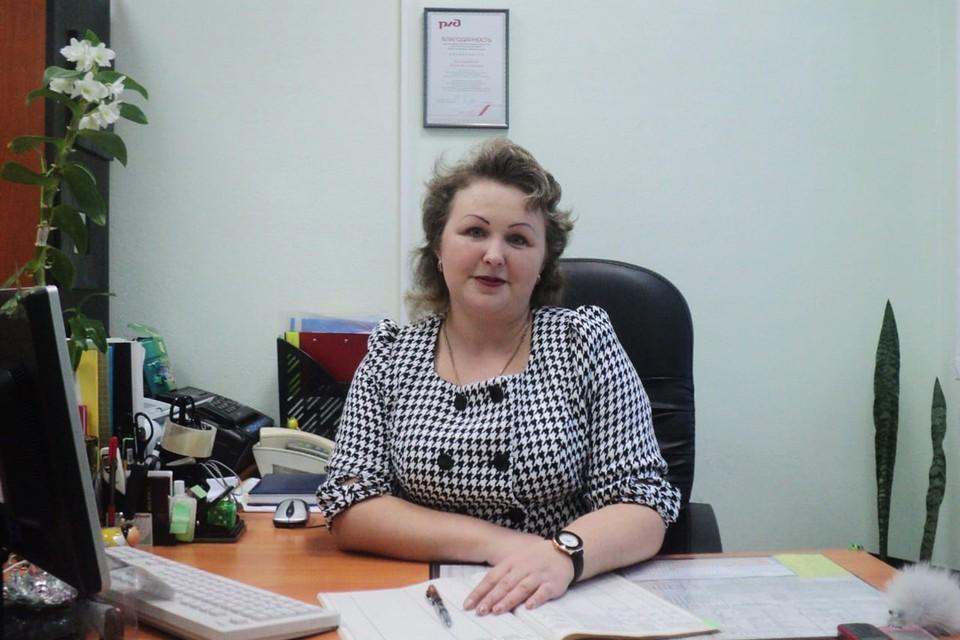 Елена Викторовна Балашова - старший электромеханик Новосибирской дистанции сигнализации, централизации и блокировки Западно-Сибирской дирекции инфраструктуры.