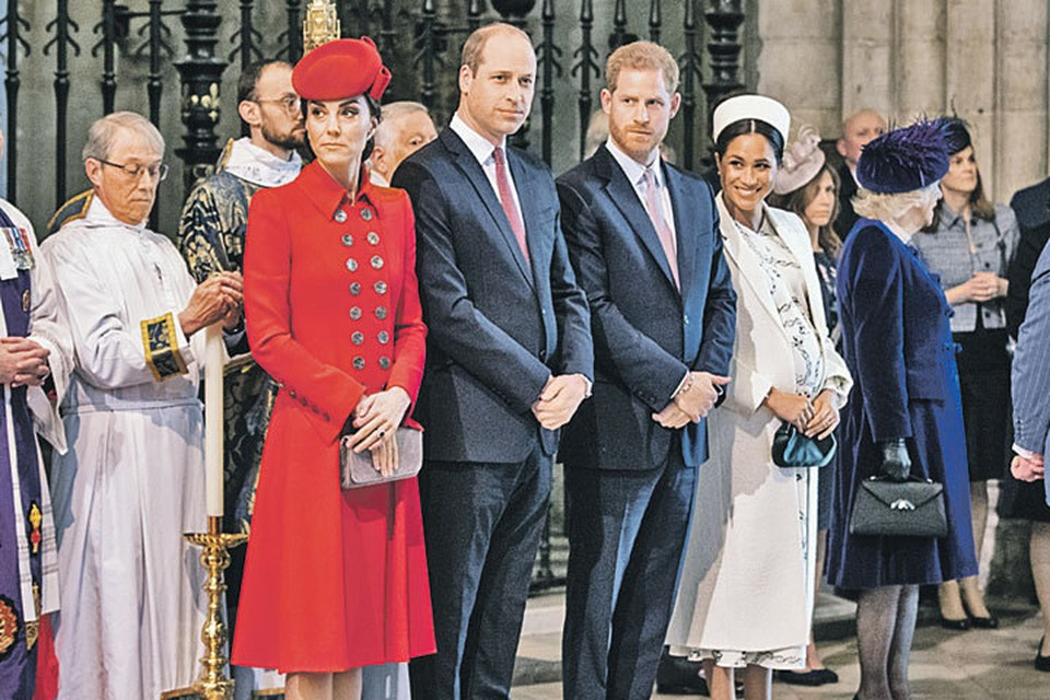 Британские СМИ утверждают, что отношения между принцами и их женами натянутые. И все из-за Меган...