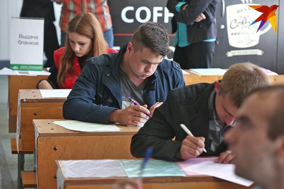 29 мая в минских школах, гимназиях и лицеях прозвенит последний звонок.