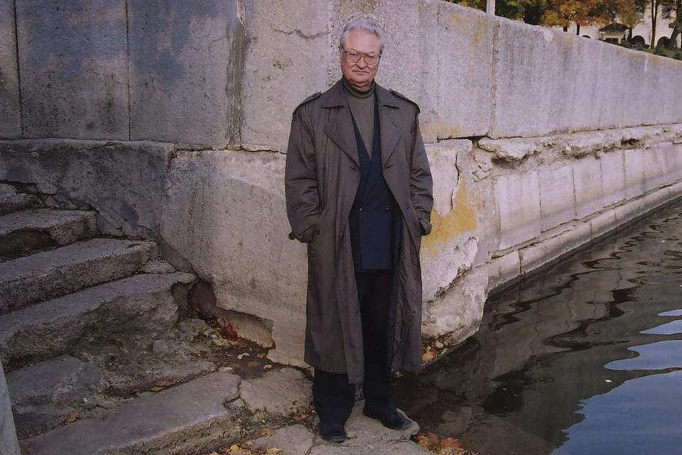 Буравкин Геннадий Николаевич - белорусский писатель, сценарист, общественно-политический деятель. Фото: Сергей ШАПРАН