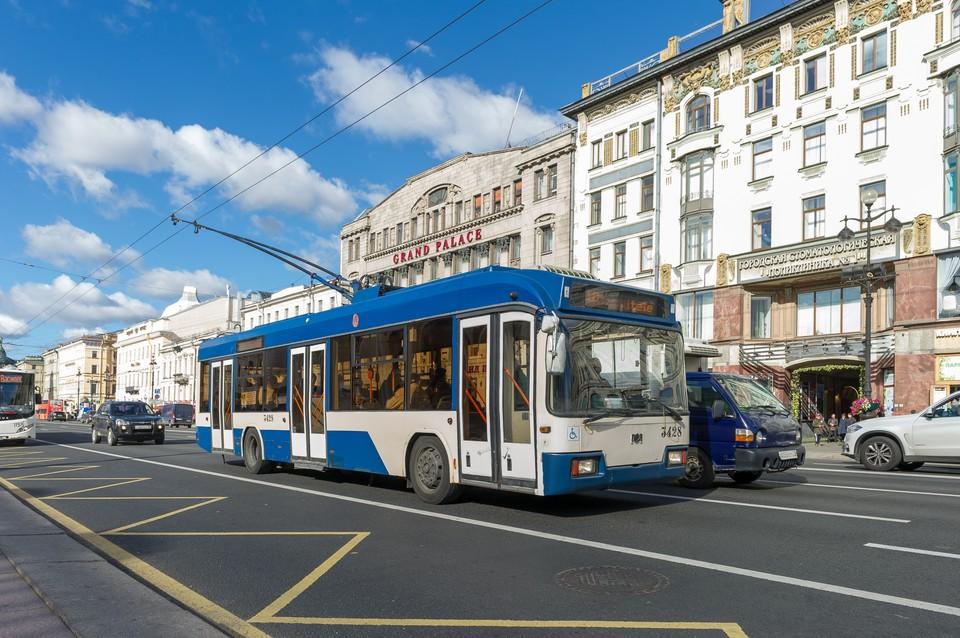 В Северной столице можно оформить единый билет на пригородные поезда и городской общественный транспорт.