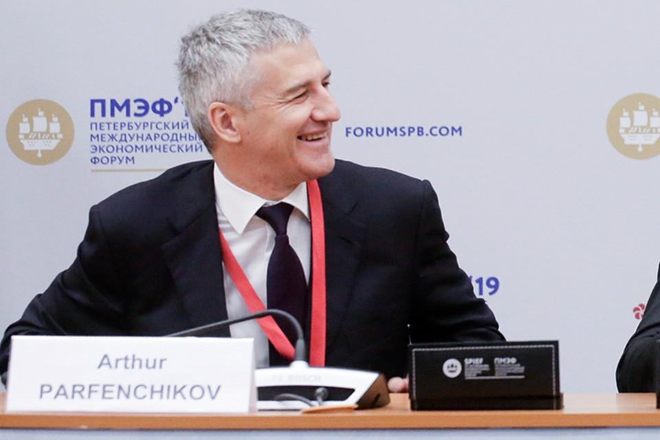Артур Парфенчиков рассказал о трассах, которые станут приоритетными для реконструкции