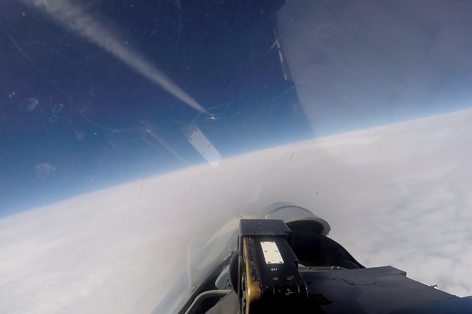 Российский Су-27 перехватил американский и шведский самолеты-разведчики над Балтикой