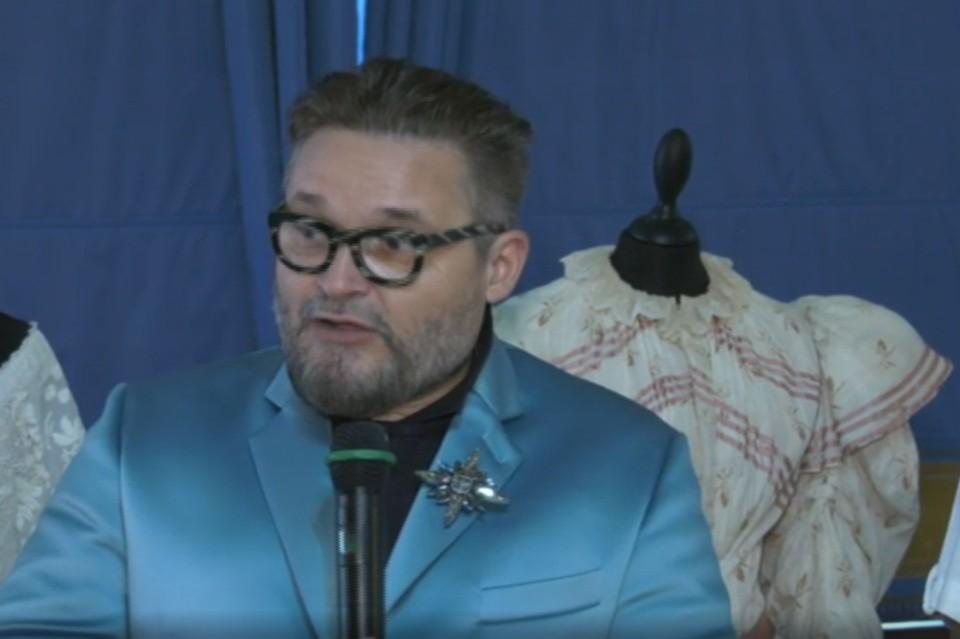 Александр Васильев рассказал все о современных купальных костюмах