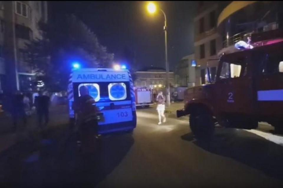 Во дворе одного из жилых домов на улице Тургеневской в центре Киева прогремел взрыв