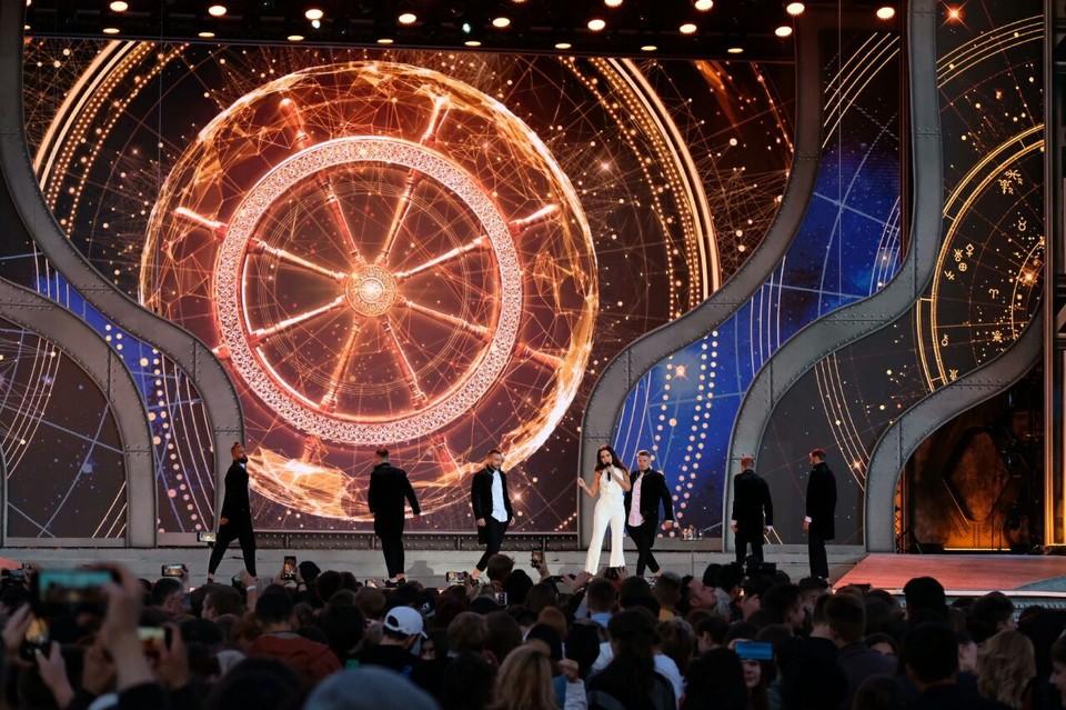 Алые паруса 2019 в Санкт-Петербурге: прямая онлайн-трансляция с праздника.