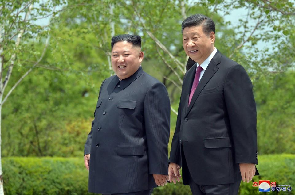 Си Цзиньпин заявил, что Ким Чен Ын стремится к денуклеаризации