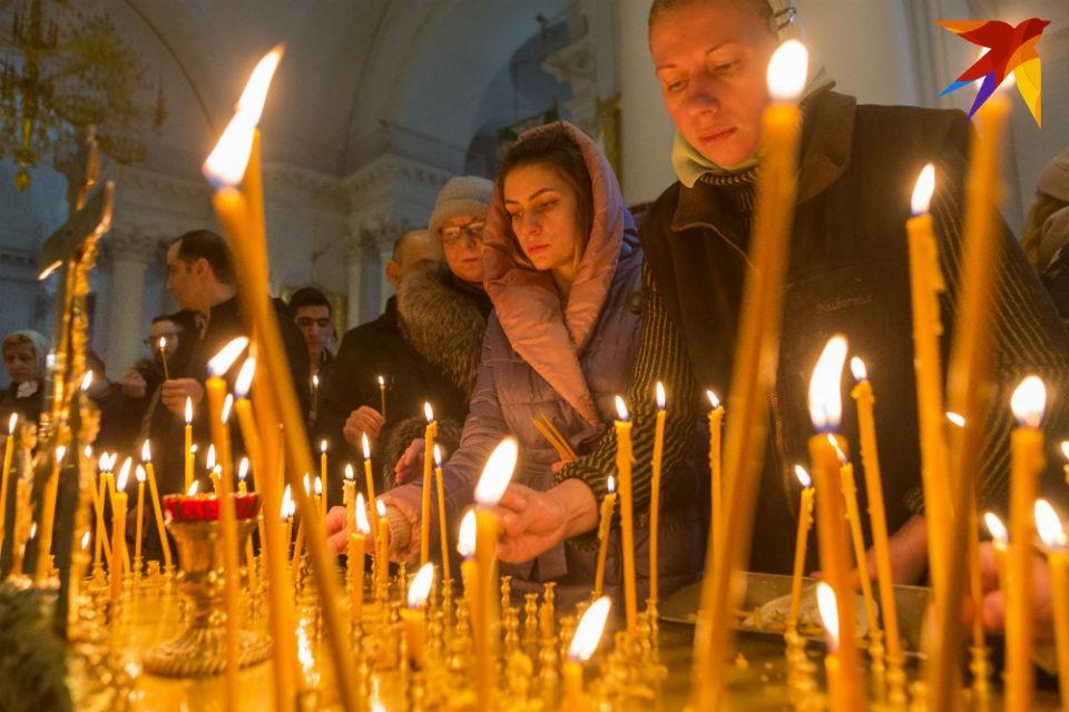 В храмах Мурманской области будут молиться за души погибших моряков-подводников.