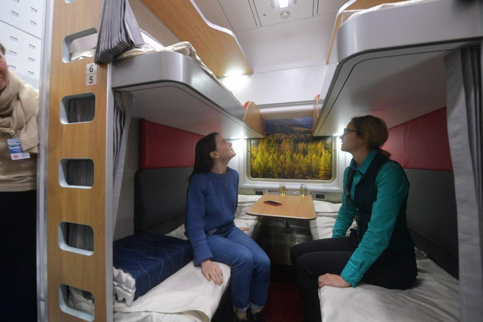 ФПК показала концепта нового плацкартного вагона без боковых полок