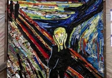 «Крик Севера»: жительницы Коми создали картину из мусора