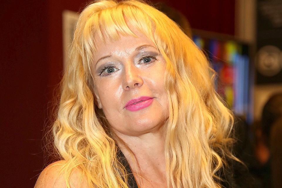 Актриса Елена Кондулайнен.