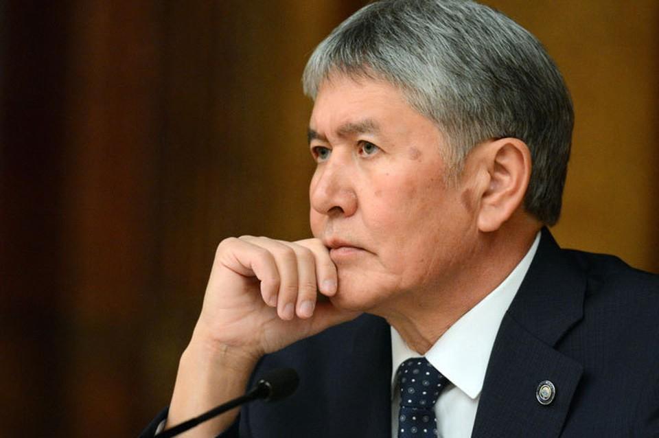 Атамбаеву принесли еще одну повестку в Следственное управление МВД.