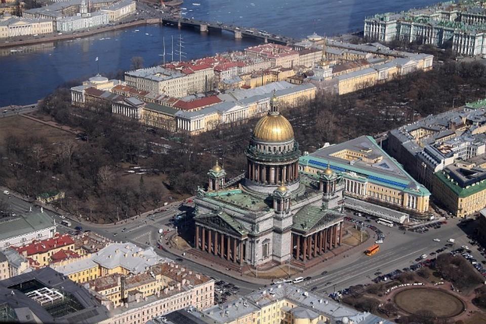 Иностранным туристам станет проще приехать в Петербург.