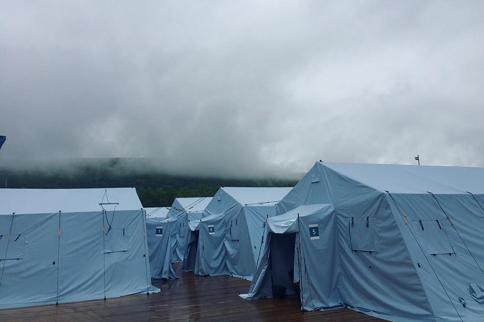 Почему палатки вспыхивали как факелы, одна за другой?