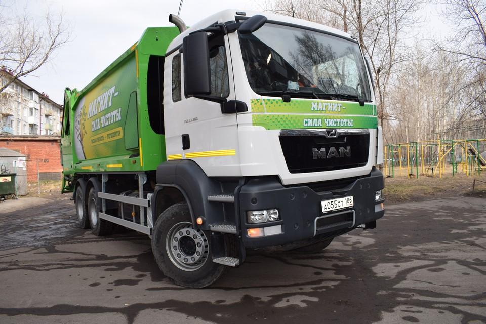 70 новых экологичных мусоровозов приобрел «Магнит» с начала мусорной реформы в Омской области.