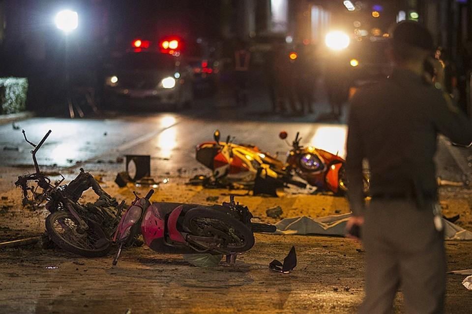 В центральной части Бангкока прогремели семь взрывов
