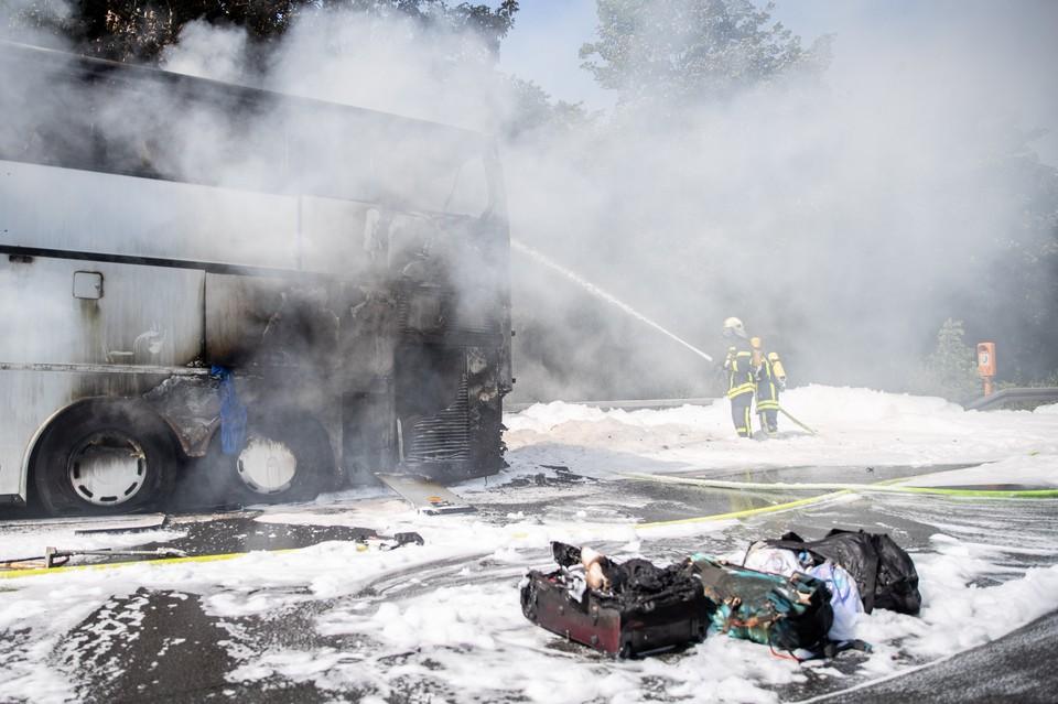 В Турции пять человек погибли при пожаре в автобусе