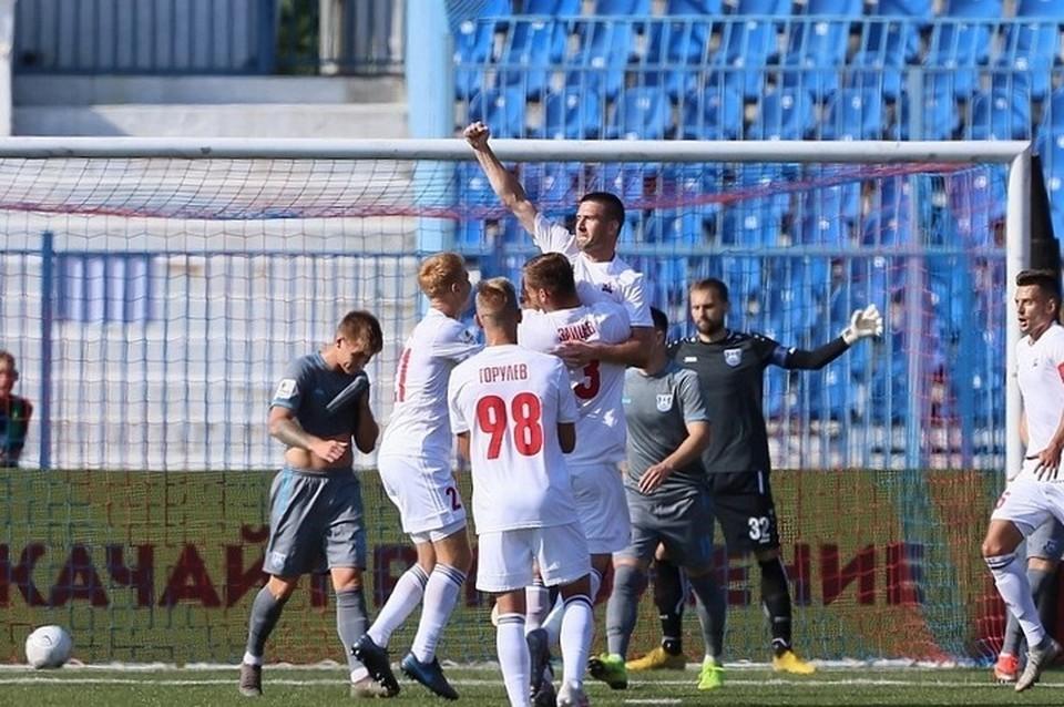 Игроки «СКА-Хабаровск» на своем поле разгромили калининградскую «Балтику»