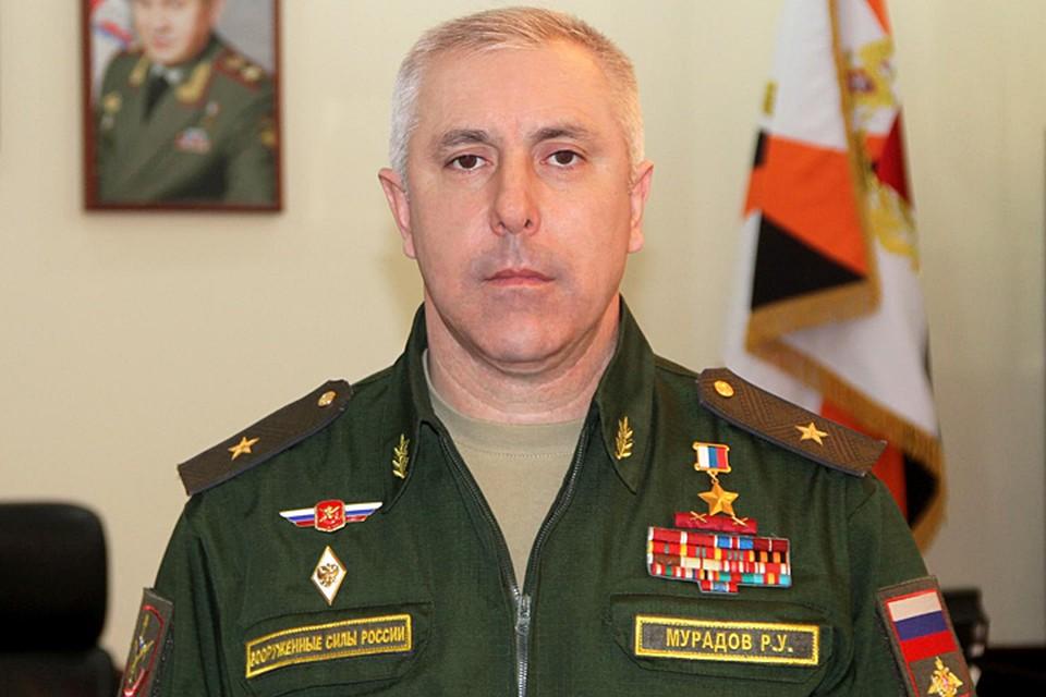 Герой России, генерал-майор Рустам Мурадов, ныне являющийся заместителем командующего войсками Южного военного округа
