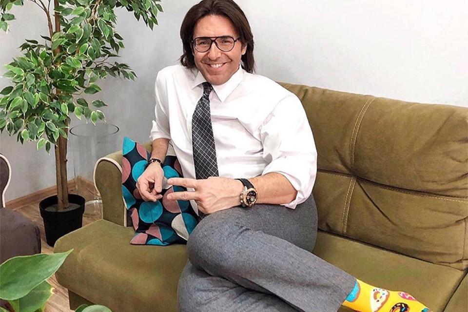 """Телеведущий таким образом анонсировал новый выпуск передачи """"Привет, Андрей"""". Фото: www.instagram.com/malakhov007"""