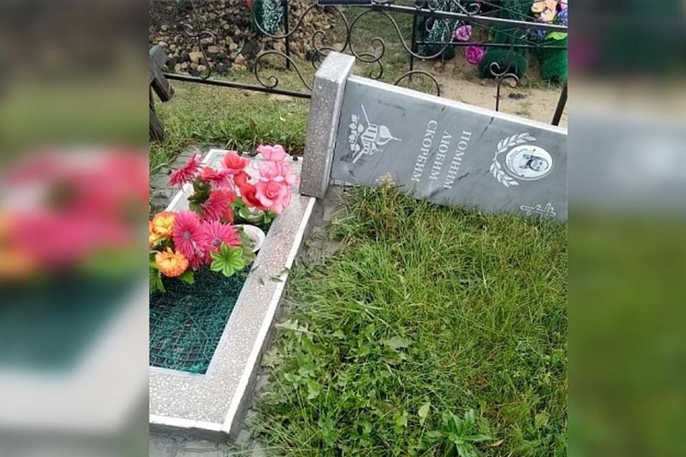 """Погром на кладбище устроил подросток. Фото: """"Инцидент.Новосибирск"""", видео: vk.com/ghest_nsk54."""