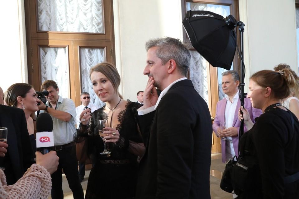 Ксения Собчак и Константин Богомолов собираются обвенчаться. Фото: Лариса КУДРЯВЦЕВА
